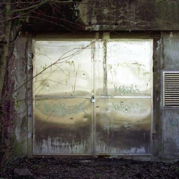Teoksen nimi: Ikkuna maisemaan