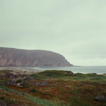 Teoksen nimi: Tiedän, että on muita meriä; Meri sisälläni – sarjasta ©2011