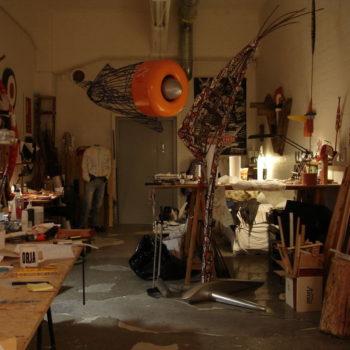 Teoksen nimi: Työhuoneeni,                                  My Studio