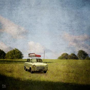 Teoksen nimi: Kesäpelto – peltoauto