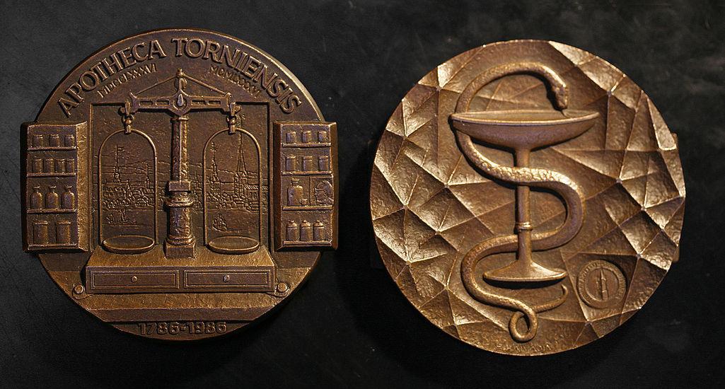 Tornion apteekki 200 vuotta 1986