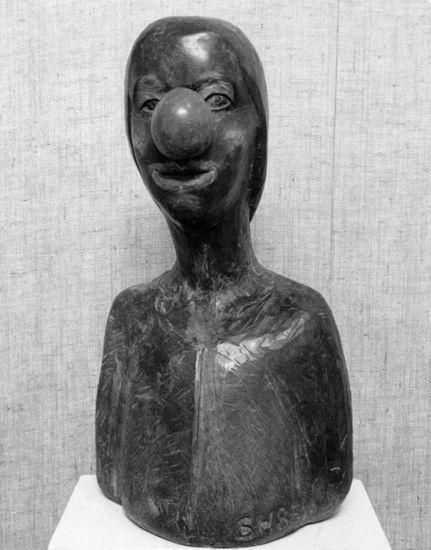 Pieni klovni, 1985, puuveistos, korkeus 90 cm