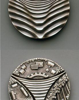 Teoksen nimi: Hopeoitu Pyhäjärvi-mitali 1986 TT 1/10 tekijällä
