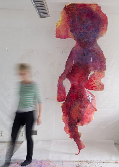 """Dancing with fire, 2011 (""""paperijättiläinen"""")"""