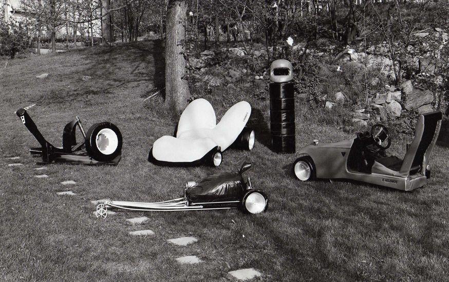 Pop-taidetta, 1969-1973, keinonahka ja metalli