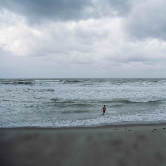 Se oli näkymätön kuin aaltojen suola; Meri sisälläni-sarjasta ©2011