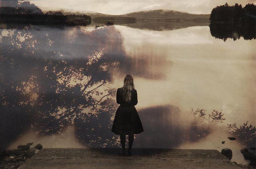 Tyttö rannalla 2009