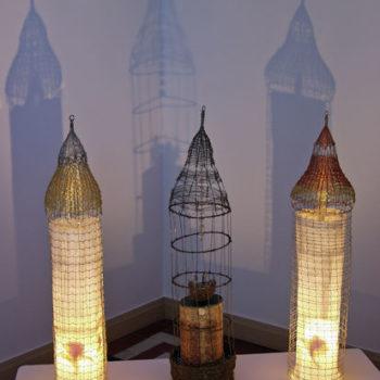 Teoksen nimi: Kolme tornia