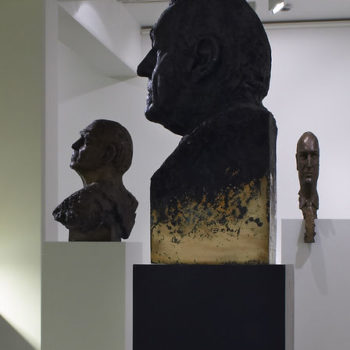 Teoksen nimi: Alvar Aalto, Joonas Kokkonen ja Pertti Niemistö Tampereen taidemuseon näyttelyssä 2004
