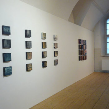 Teoksen nimi: ripustuskuva, Rantakasarmin Galleria