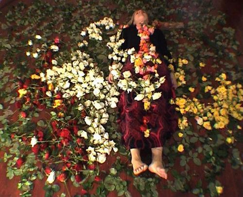 Las Rosas y Las Éspinas, Ruusuja ja Risuja, The Roses and the Sticks. ©2007