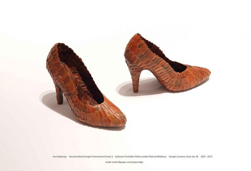Kansainväliset kengät