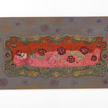 Teoksen nimi: Ruusuin peitetty, 2009