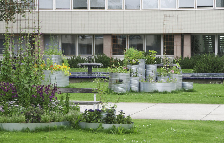 Väristyksiä puutarha