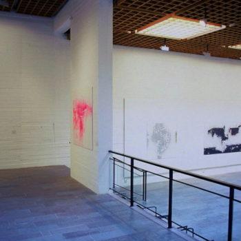 Teoksen nimi: WAM yleiskuva yksityisnäyttelystä / akryyli alumiinille