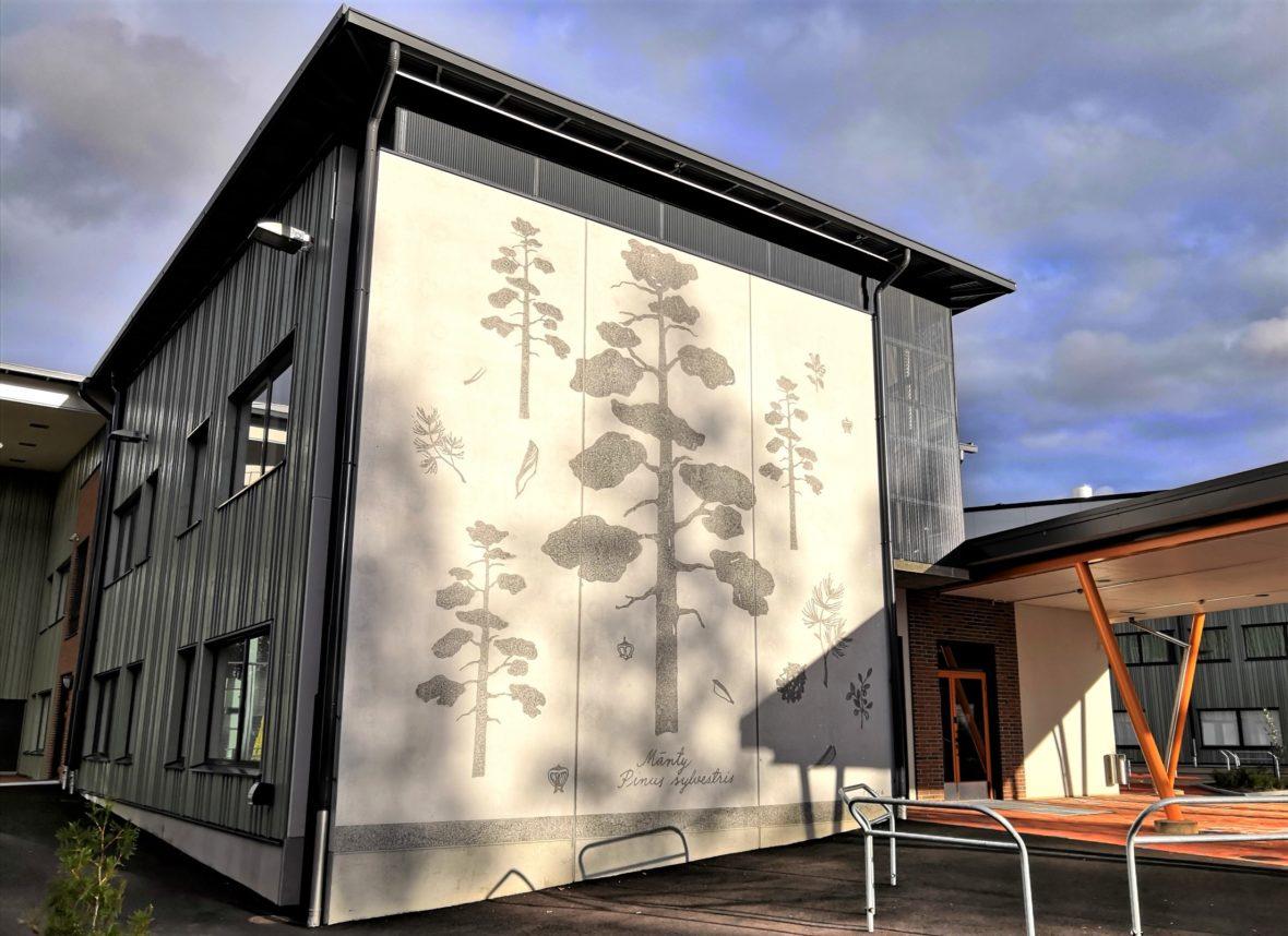 Nepenmäen koulun 3 graafista betoniseinää II