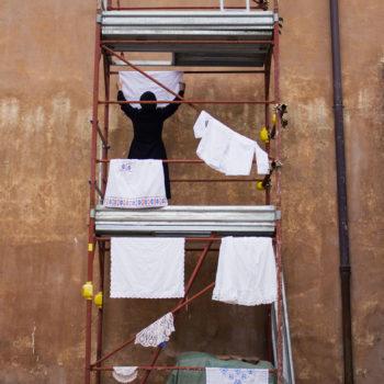 Teoksen nimi: Pyykkiteline  / Laundry Rack