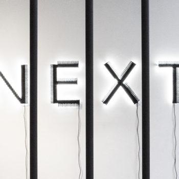 Teoksen nimi: Next