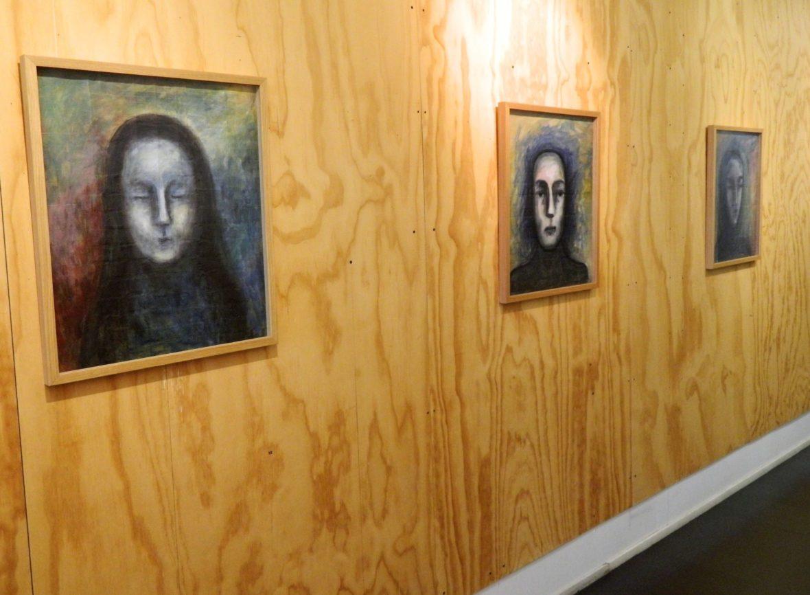"""""""Papertalk"""" Drawing Gallery 2018 näyttelykuva"""