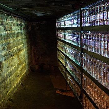 Teoksen nimi: !WATER! 2017 / installation in 3-parts/Luulajan taidemuseo Ruotsi 2015/ Galleria Laterna Magica Helsinki2017