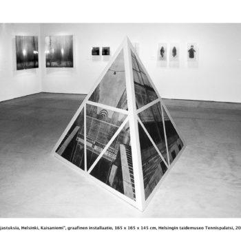 Teoksen nimi: Heijastuksia / Reflections, Helsinki, Kaisaniemi