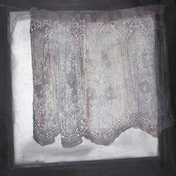 Teoksen nimi: Esirippu / Curtain