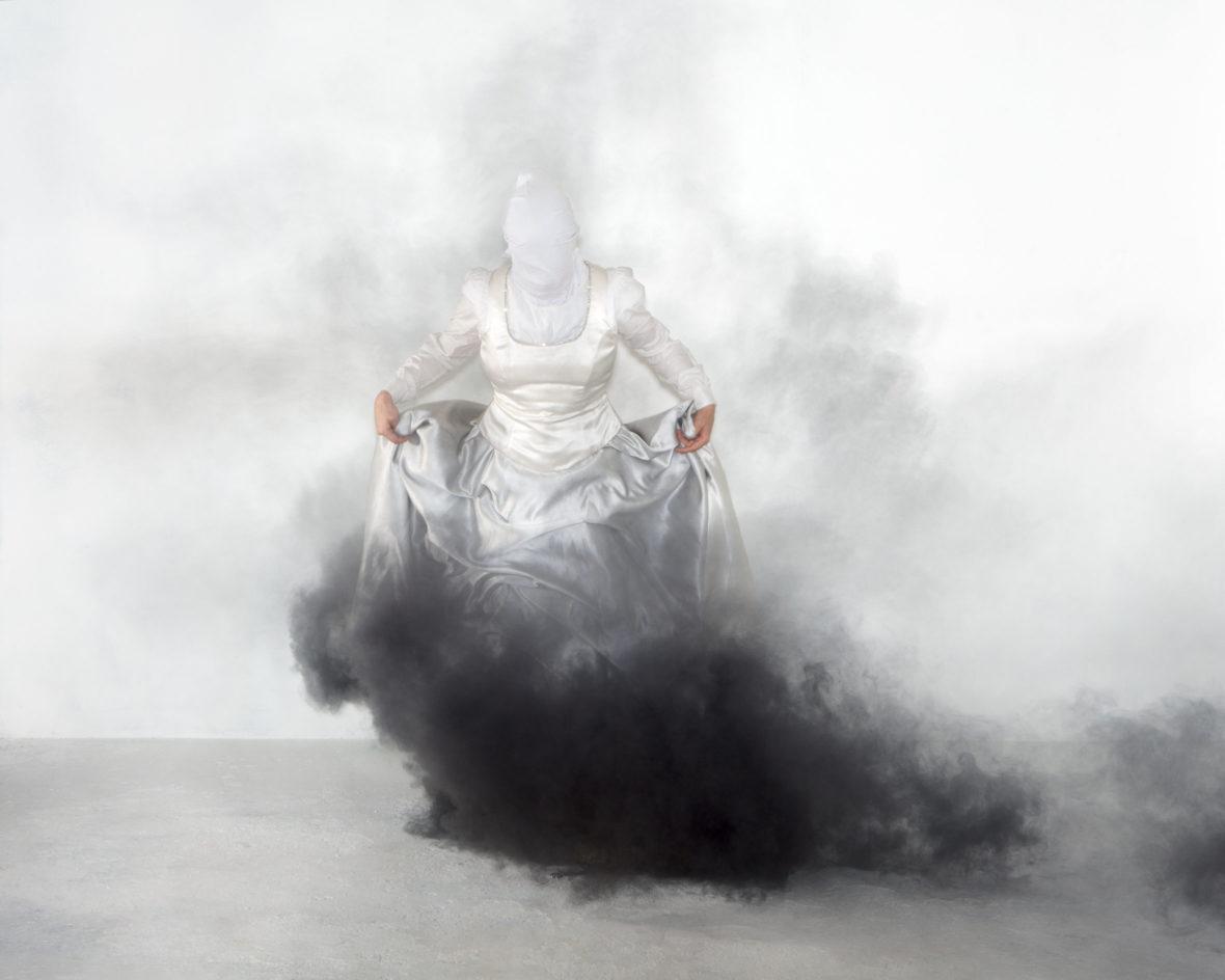 Untitled (Valkoinen)