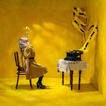 Teoksen nimi: Untitled (Keltainen)