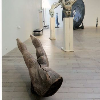 Teoksen nimi: Puuveistoksia Wäinö Aaltosen museon näyttelyssä, 2018