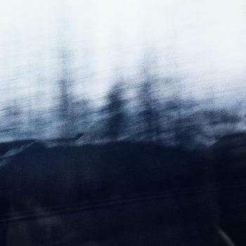 Teoksen nimi: Chasing White Spirit_6