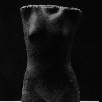 Teoksen nimi: Naisen torso
