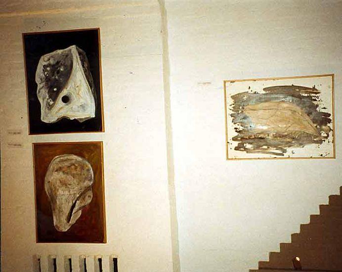 Töitä seniorien näyttelyssä 1992
