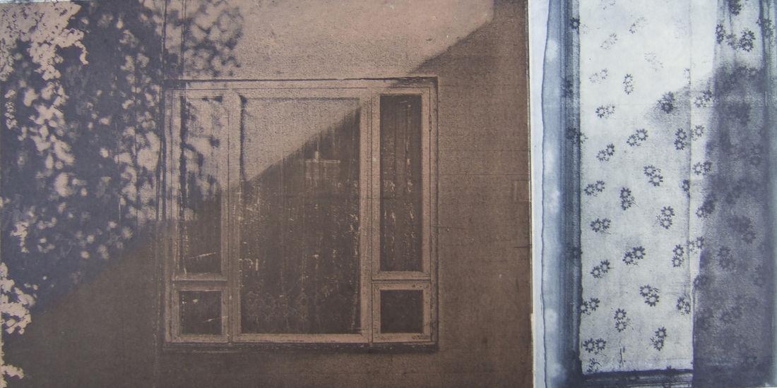 Casa (Home), 2011, fotoetsaus/photo-etching, chine collé, 20 x 36 cm
