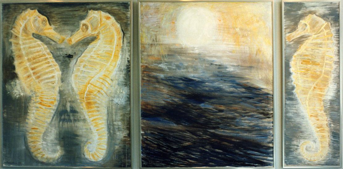 Merihevoset tanssivat nousevalle auringolle