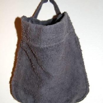 Teoksen nimi: Tyhjä tasku 2011