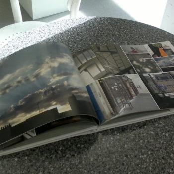 Teoksen nimi: Ikkuna Pariisiin, 2014