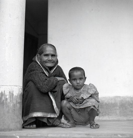 Lucky ja isoäiti(Bangladesh)