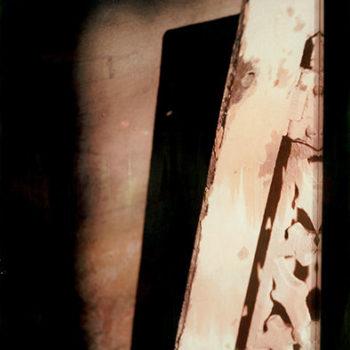 Teoksen nimi: Kellari / The cellar
