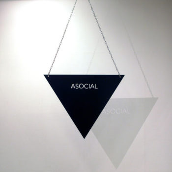 Teoksen nimi: asocial
