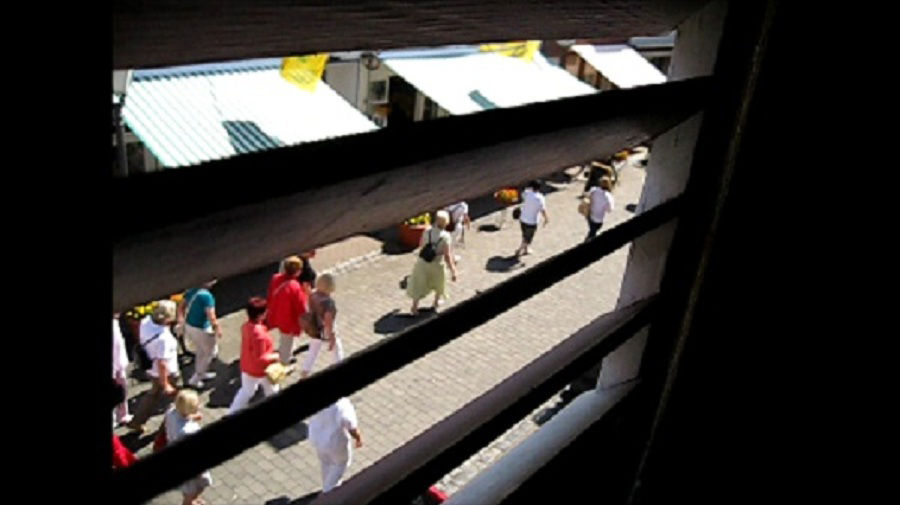 The street movie/ 3 windows