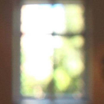 Teoksen nimi: Toinen asunto / Ikkunat videoinstallaatio 2011, tm-galleria Helsinki