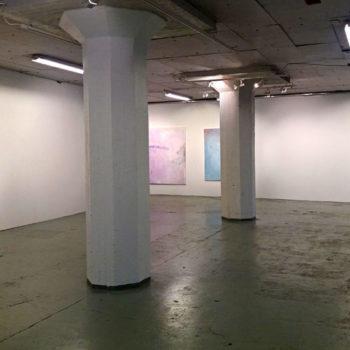 Teoksen nimi: Kuva näyttelystä Maalauksia / Paintings, Galleria Huuto Jätkäsaari, Jätkä 2, 2016