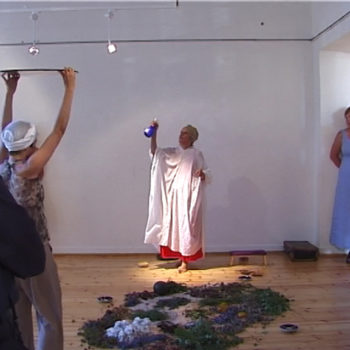 Name of the work: Avajaisperformanssi / Opening performanssi