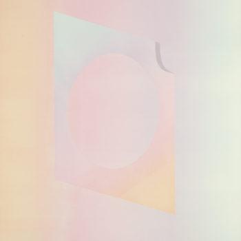 Teoksen nimi: Surface