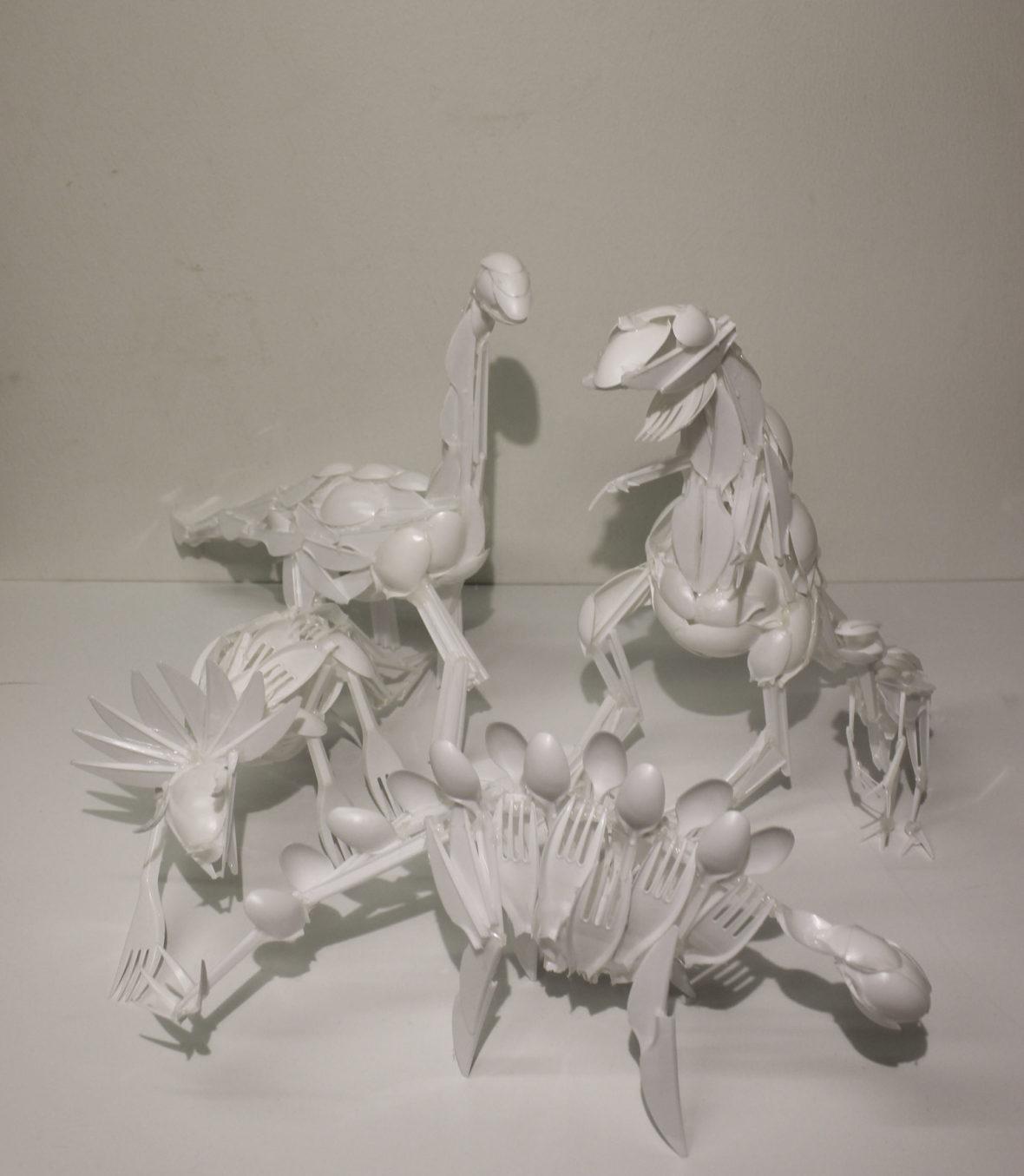 95E (Luonnoksia Dinosauruksista)