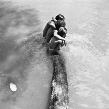 Teoksen nimi: Uimarit Bagé-joella